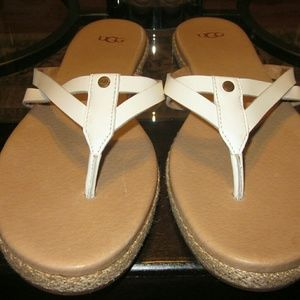 UGG Annice Thong Sandal and Dust Bag